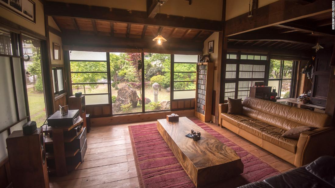 Expats are buying their dream house in a Japanese countryside
