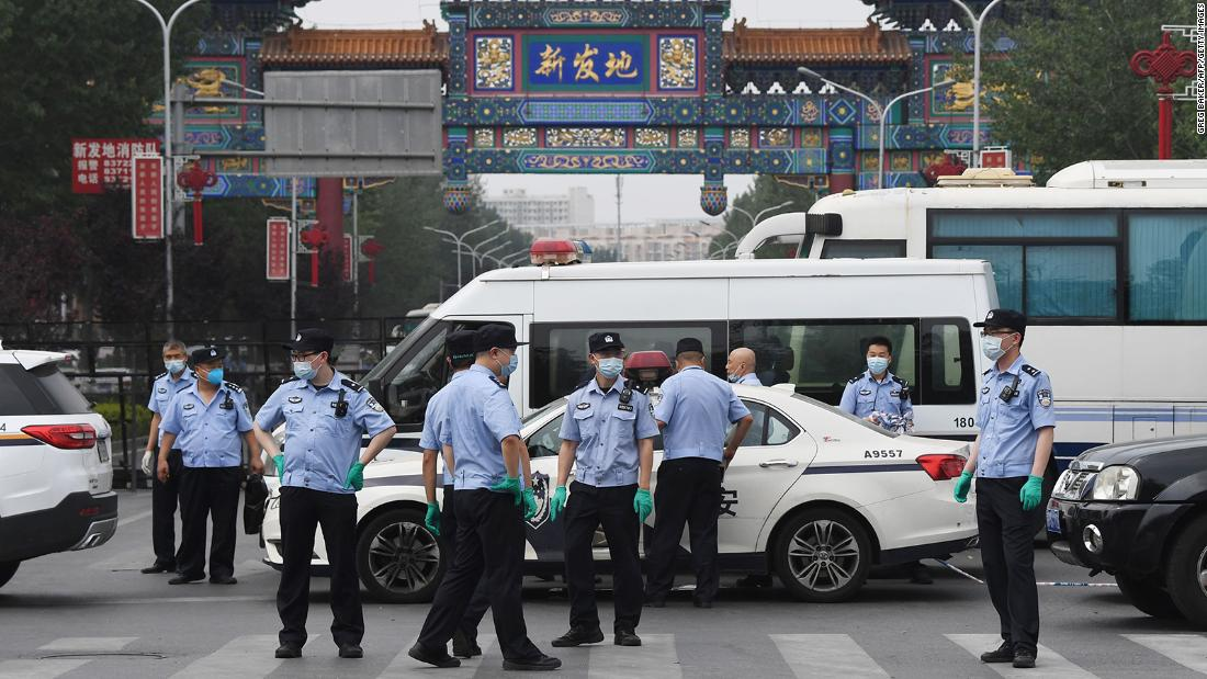 """China sees new """"wartime"""" measures over new coronavirus infection"""