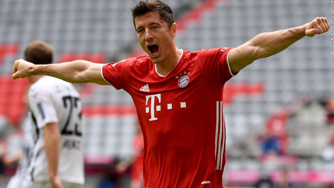 Robert Lewandowski broke the Bundesliga achievement record