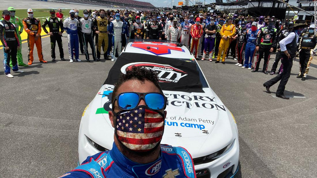 NASCAR: Bubba Wallace gets driver support after a noose is found in his garage