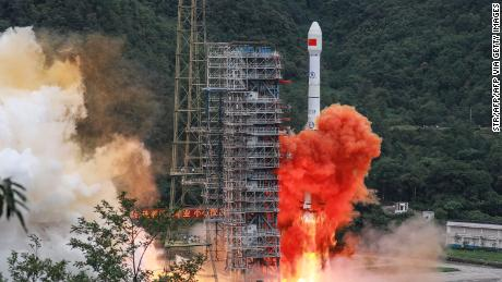 Chinese GPS rival Beidou is now fully operational after the last satellite was launched