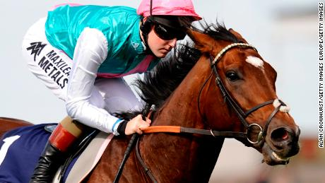 Horse champion Frankel scored in the jump
