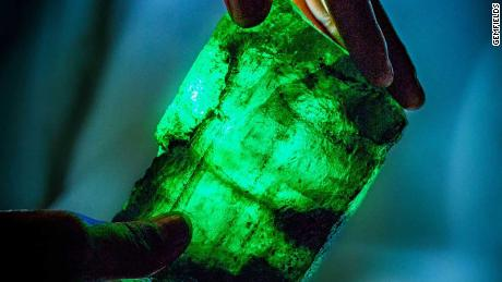 1.1 kg and 5,655 carats: An emerald like no other was found in Zambia