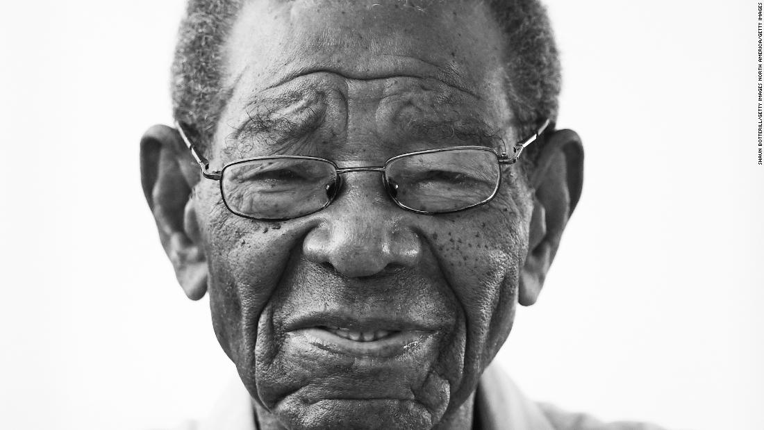 Everton Weekes: The cricket legend in the West Indies is dying at the age of 95