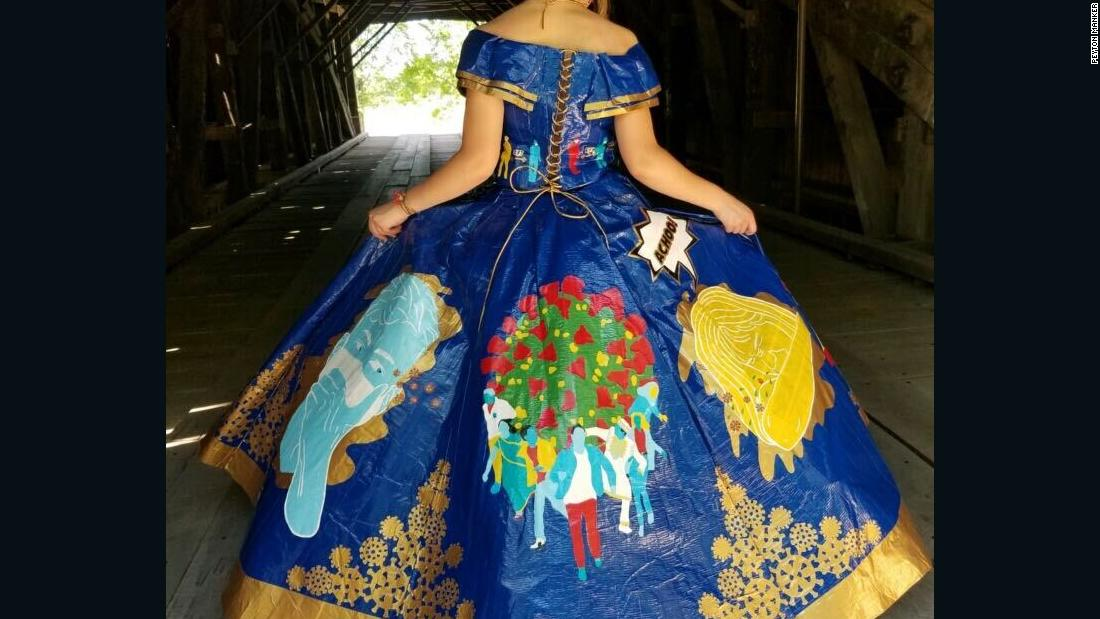 A teenage themed coronary dress from a teenager is made of artificial ribbon