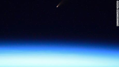 A new comet is now visible with the naked eye