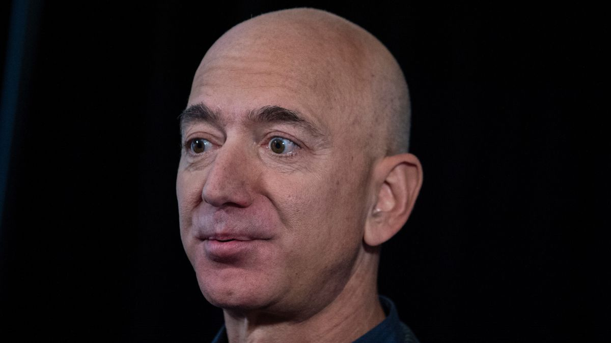 Amazon CEO Jeff Bezos Makes $13 Billion in a Day During Pandemic