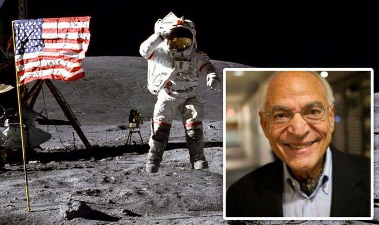 Moon landing: Apollo 11 scientist demonstrates off top secret Moon landing pictures | Science | Information