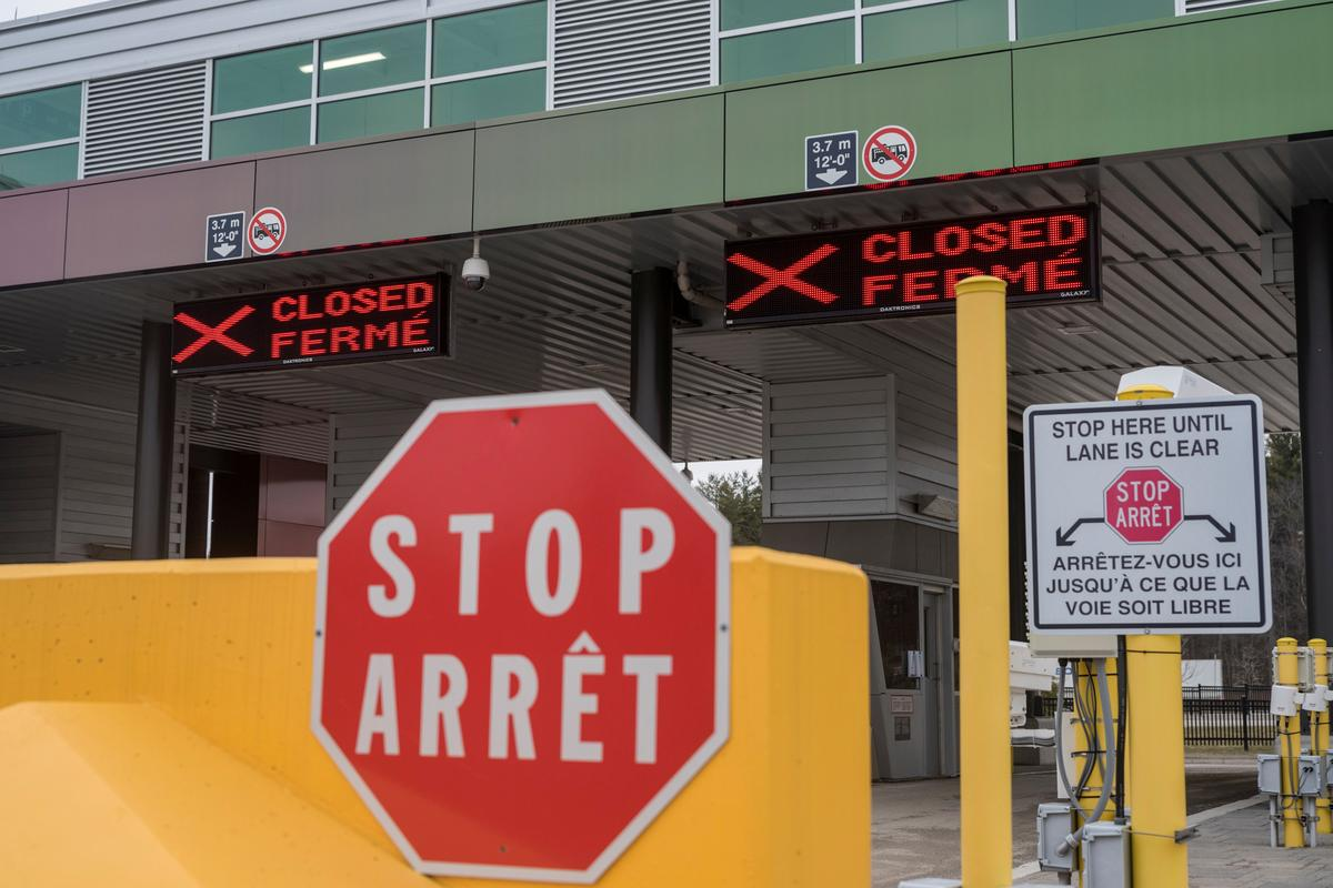 Non-crucial journey limits prolonged at U.S. borders with Canada, Mexico