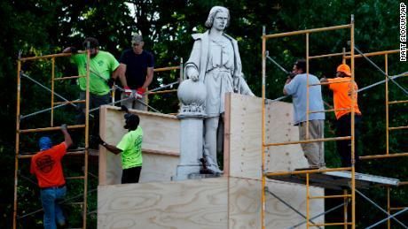 Philadelphia plans to demolish the Columbus statue