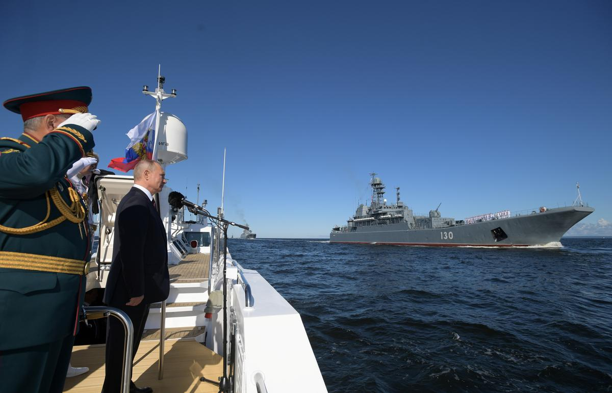 Putin claims Russian Navy to get hypersonic nuclear strike weapons