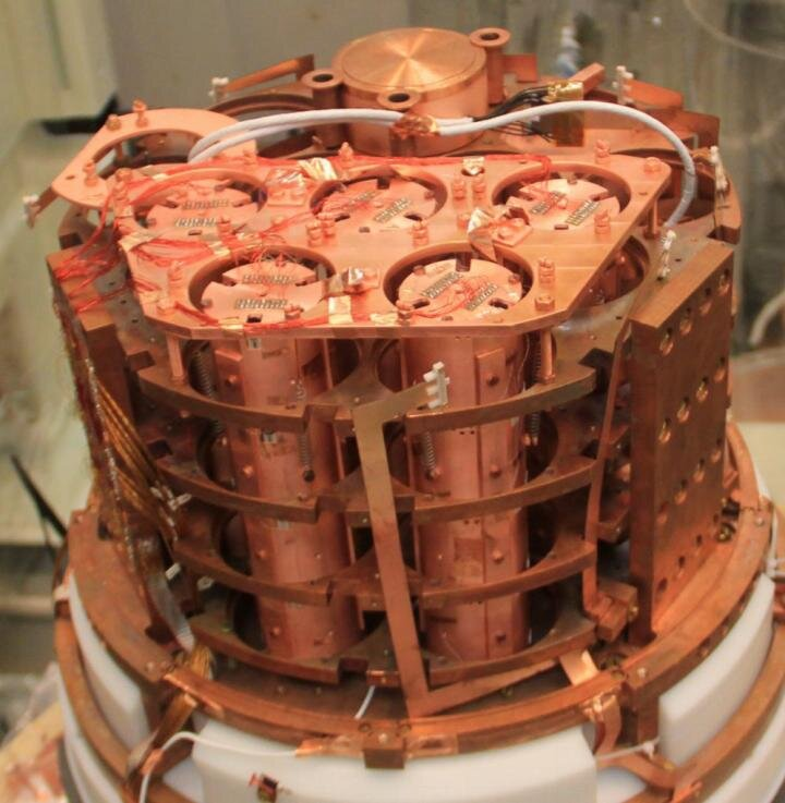 Researchers show a new experiment in the search for theorized 'neutrinoless' proc