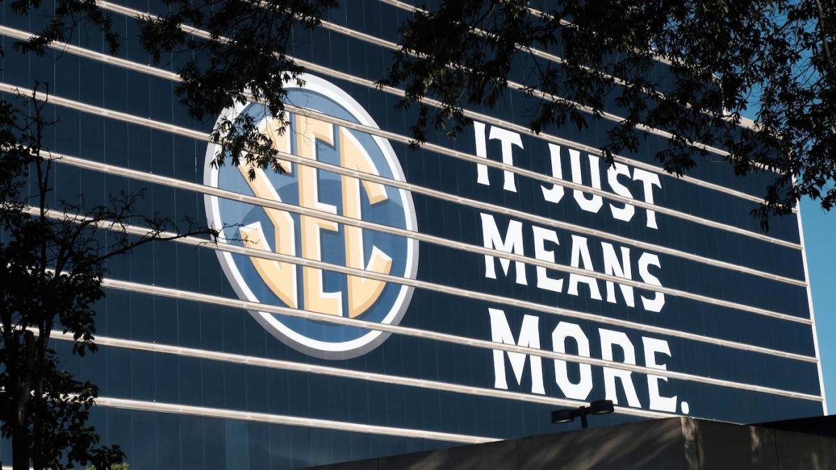SEC football schedule 2020: 10-game, conference-only slate begins Sept. 26 with two open dates