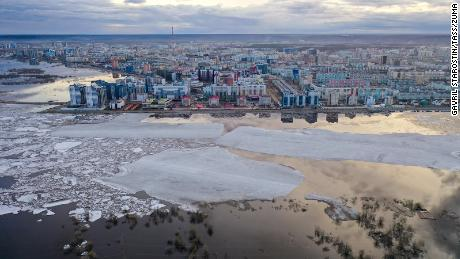 The long unusually warm weather in Siberia is an alarming sign: scientists say