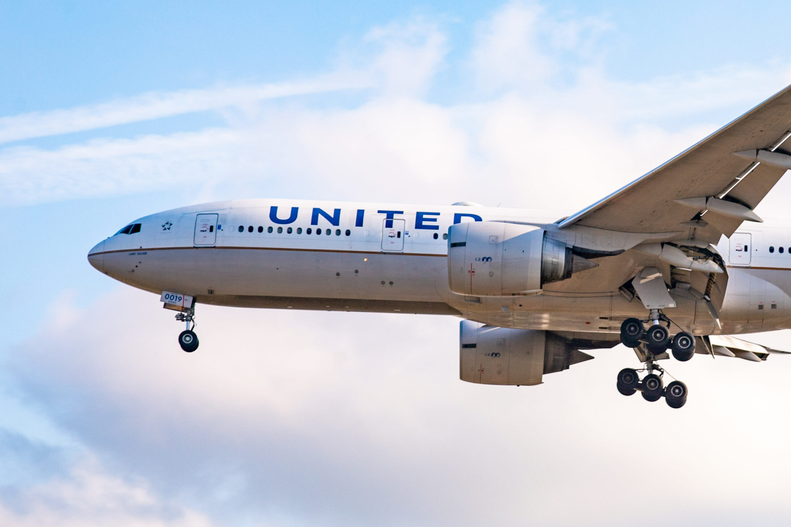 United, pilots union reach agreements for early retirements and voluntary furloughs