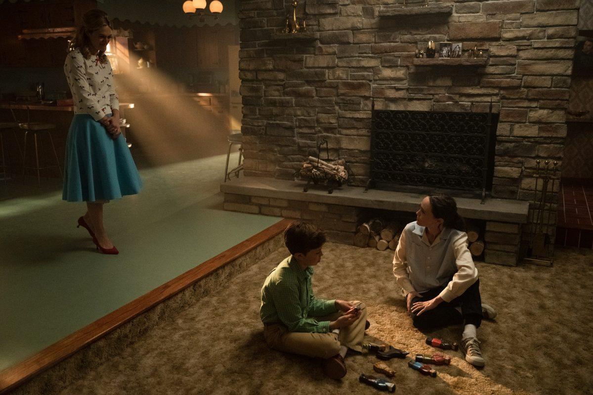 (L-R) Marin Ireland as Sissy, Justin Paul Kelly as Harlan, and Ellen Page as Vanya in 'The Umbrella Academy'