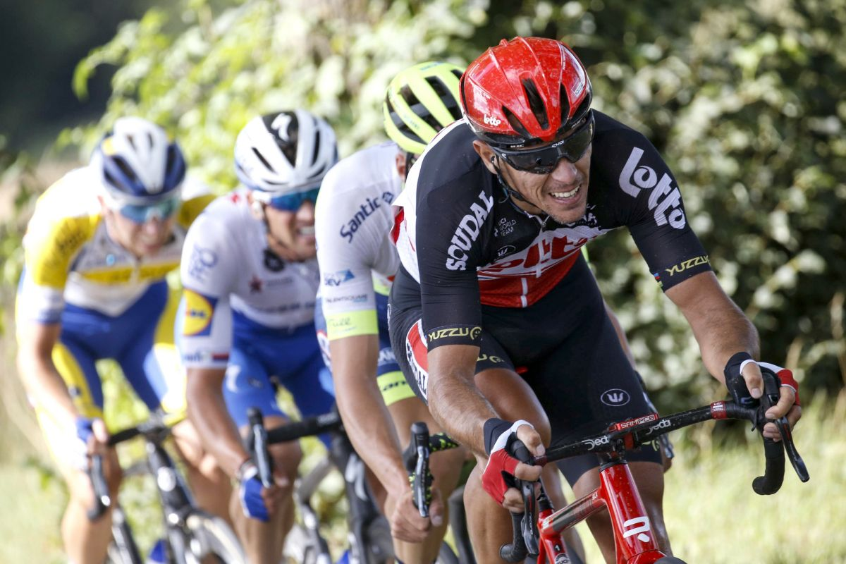 Gilbert's Tour de France more than thanks to damaged kneecap