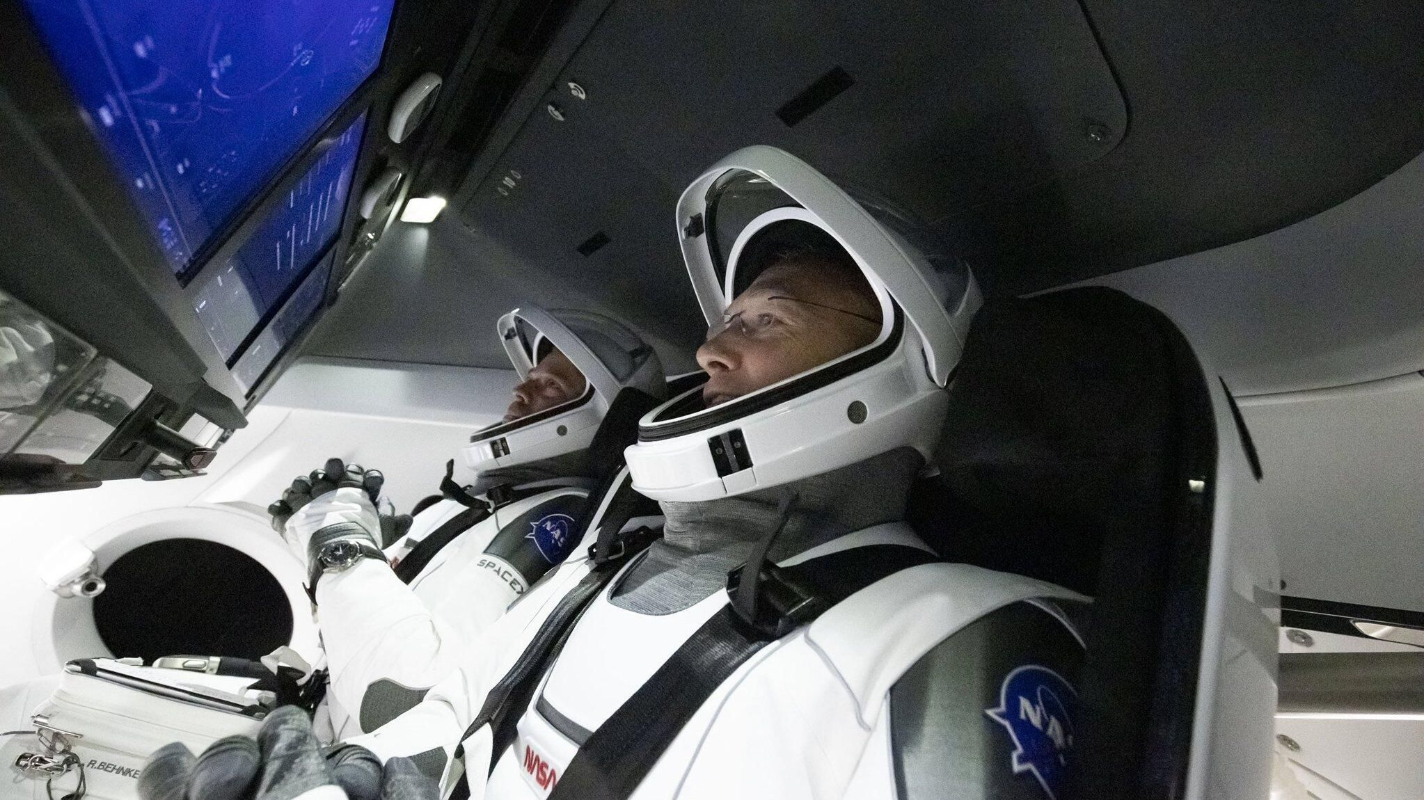 SpaceX splashdown replay: See NASA astronauts safely return to Earth