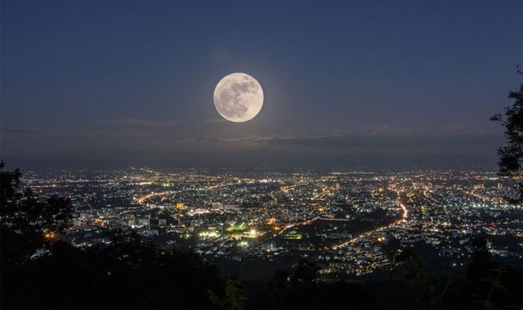 September Full moon: When to see the