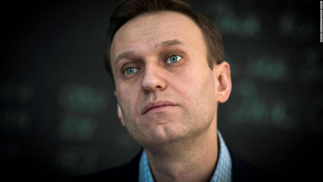 Alexei Navalny: Novichuk nerve gas used for poisoning, German government says