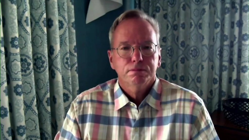 "Ex-President of Google, Eric Schmidt: The United States ""dropped the ball"" on innovation"