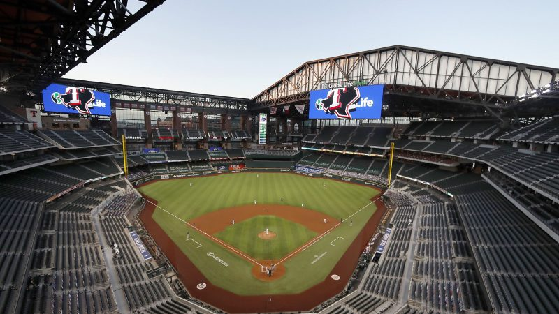 Commissioner Rob Manfred expects fans at the World Series, NLCS at the Globe Life Field
