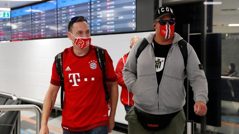 """European Super Cup: Fans arrive in Budapest to participate in the """"experimental"""" COVID-19 game 