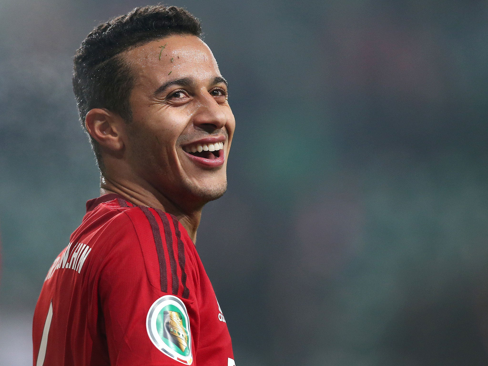 Live broadcast of Liverpool transfer news: the latest news of Thiago Alcantara, the links of Mohamed Salah and Giorinho Vinaldum with Barcelona, in addition to the updates of the English Premier League.