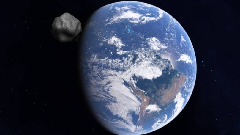 """NASA says that a 37-meter-long asteroid will make """"close to Earth"""" today"""