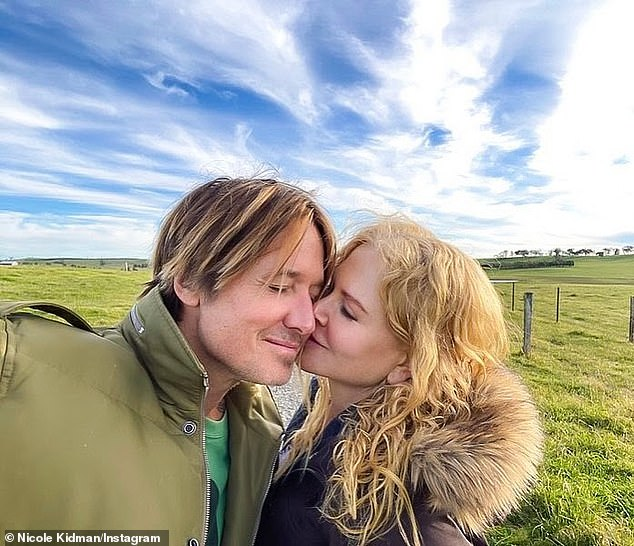 I even love! Nicole Kidman shared a beautiful photo of herself looking absolutely in love with her husband, country music superstar Keith Urban, on Saturday.