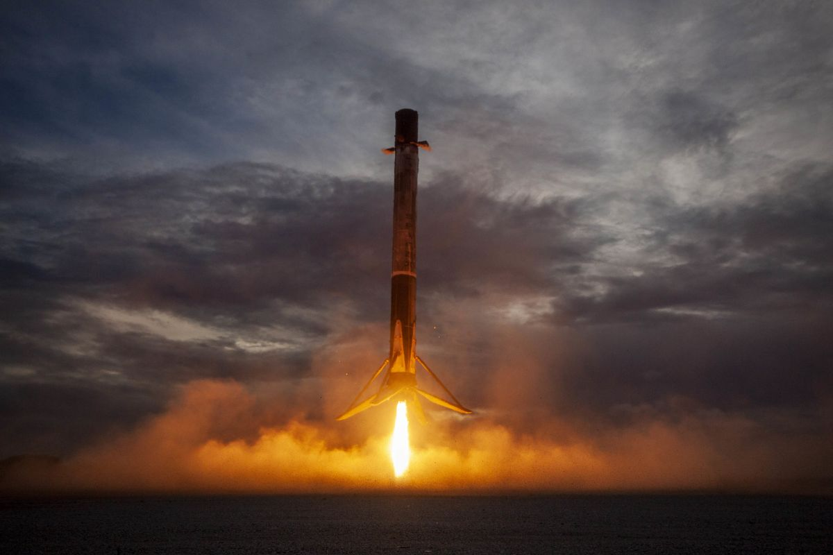 Take a trip to space (and back) on SpaceX Falcon 9 in this great video
