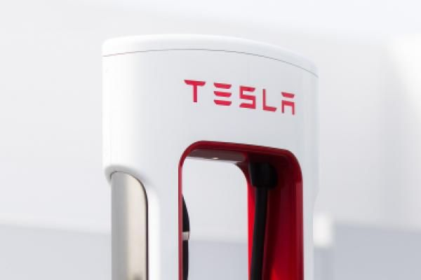 Tesla shares drop after no inventory is added to the S&P 500