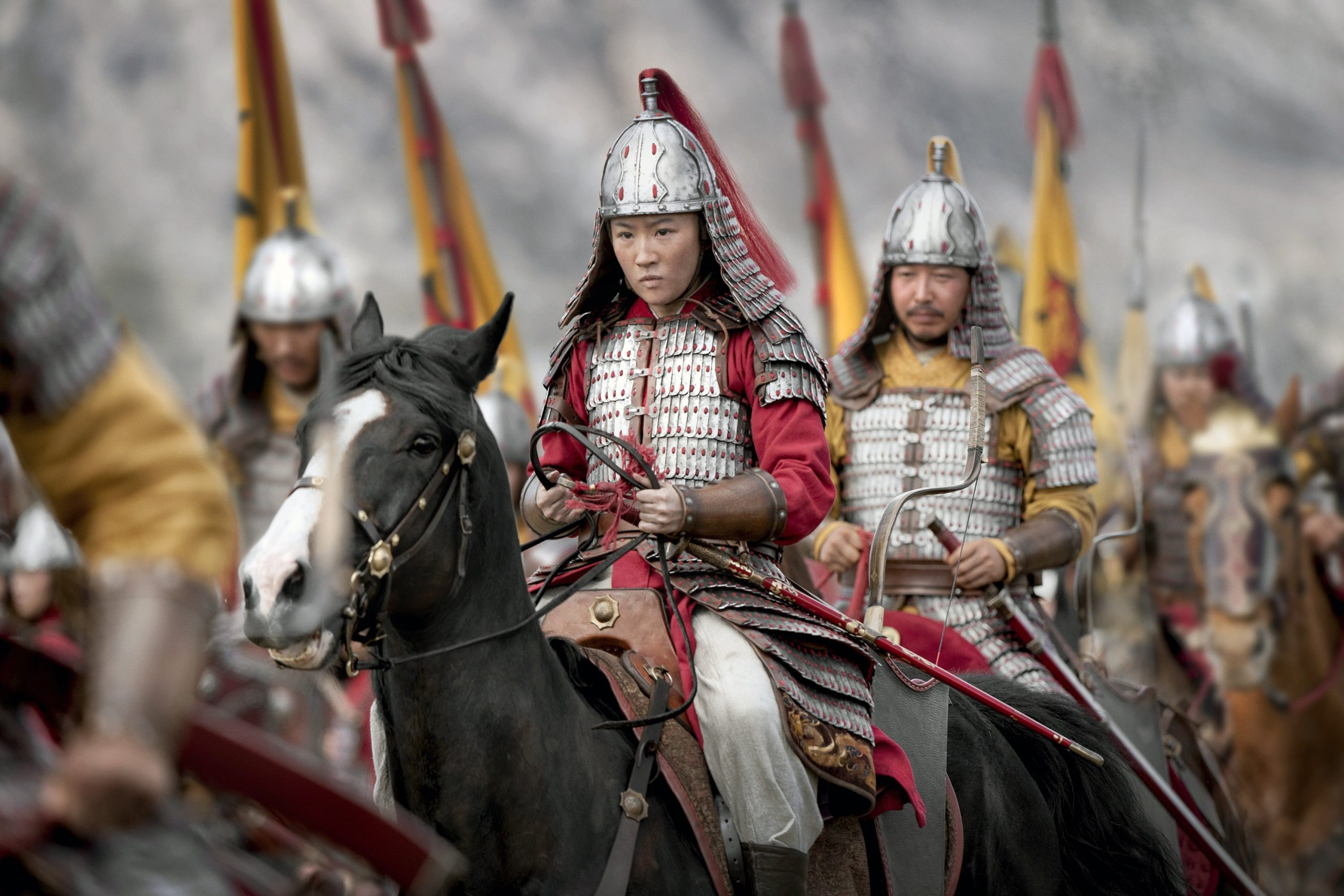 """The North American box office is silent; """"Mulan"""" is beating in China"""
