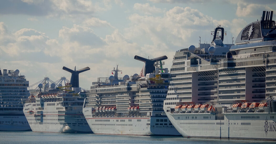 The White House prohibits a CDC order to keep cruise ships at anchor