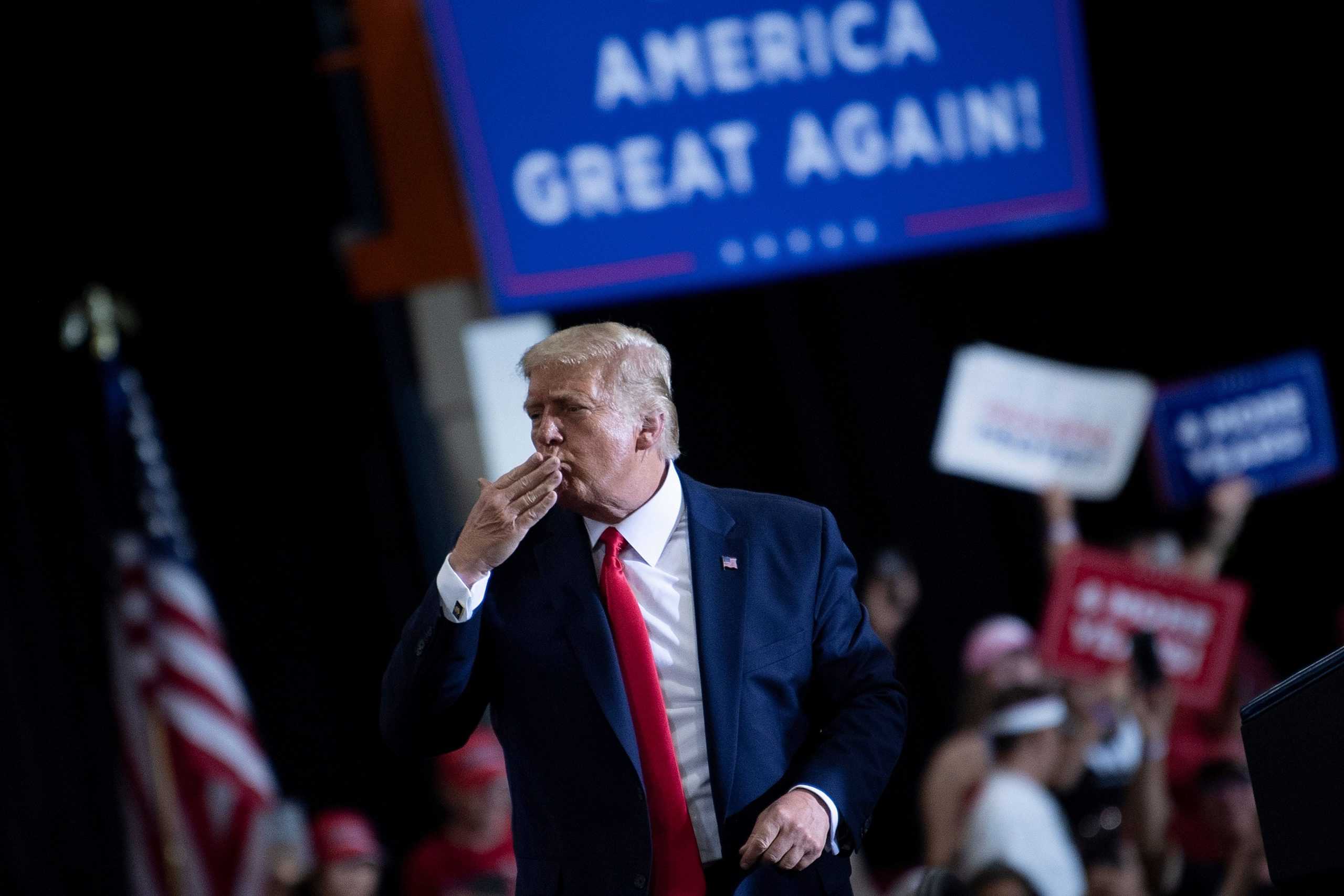 "Trump news live: Latest Twitter updates and 2020 elections as president accused of "" negligible murders "" after holding a home rally in Nevada"