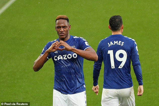 Mina celebrated with his compatriot Rodriguez after the playmaker hit a cross