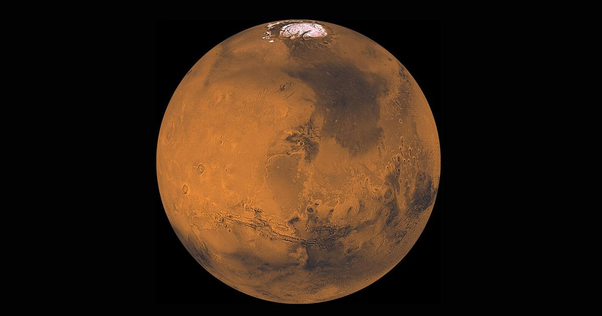 How to see Mars rule the night sky in October
