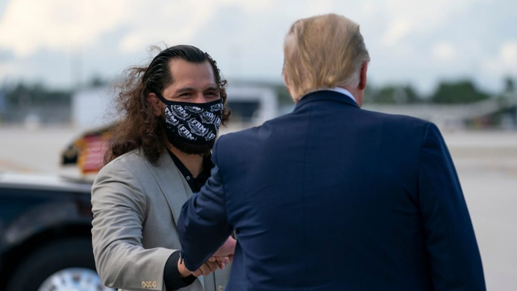 UFC's Jorge Masvidal greets Donald Trump in Florida, POTUS not wearing a mask
