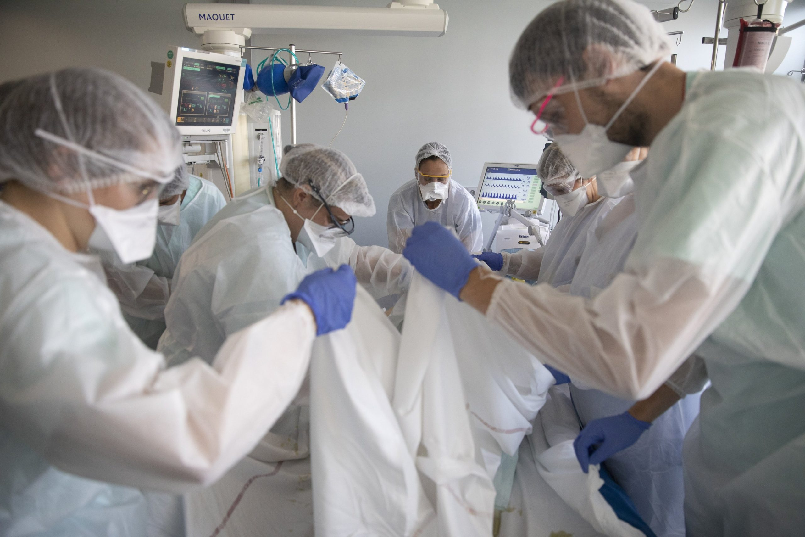 As the virus is filling French intensive care units again, doctors are asking what went wrong