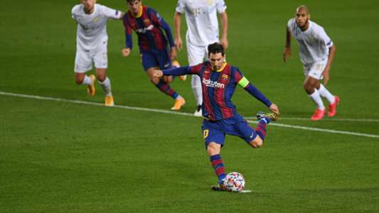 Barcelona star Messi becomes the first player to score in 16 consecutive seasons in the Champions League