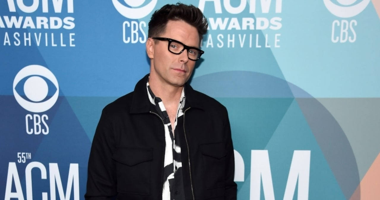 Dancing With the Stars, Bobby Bones, is romantically involved with her friend Caitlin Parker