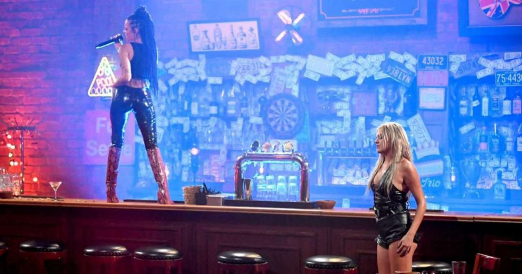 """Halsey dazzles fans with her performance of """"The Other Girl"""" with Kelsey Ballerini"""