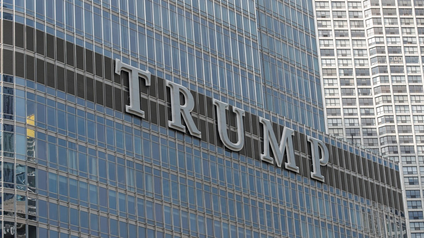 The report says banks have forgiven hundreds of millions of debt that Trump owned from a Chicago skyscraper