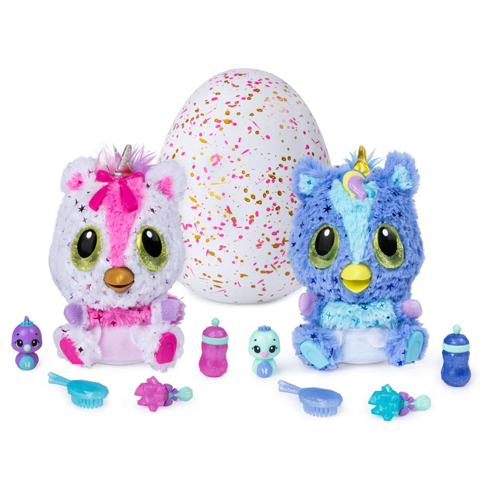 Hatchimals, Hatchi Babies Unicorns, an egg hatching with interactive pets