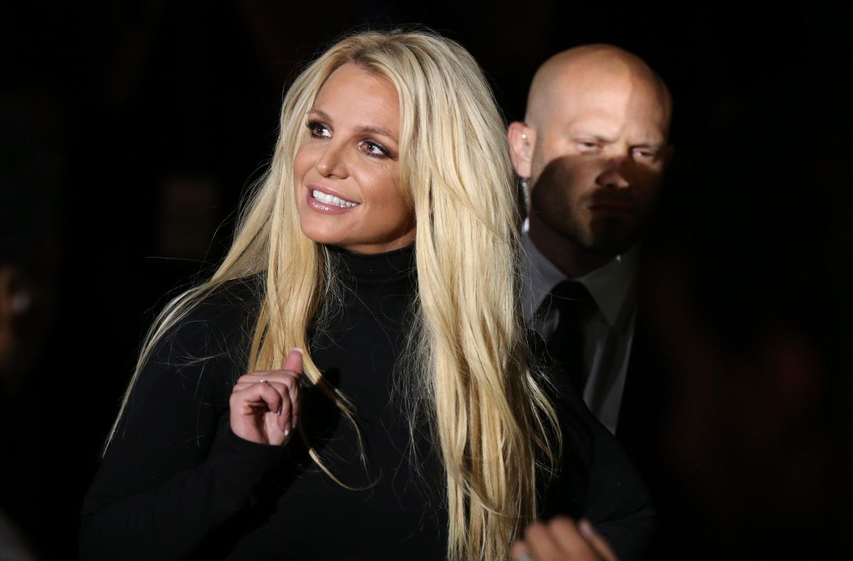 Britney Spears loses her father's attempt at save, and says she will not perform while he is in charge