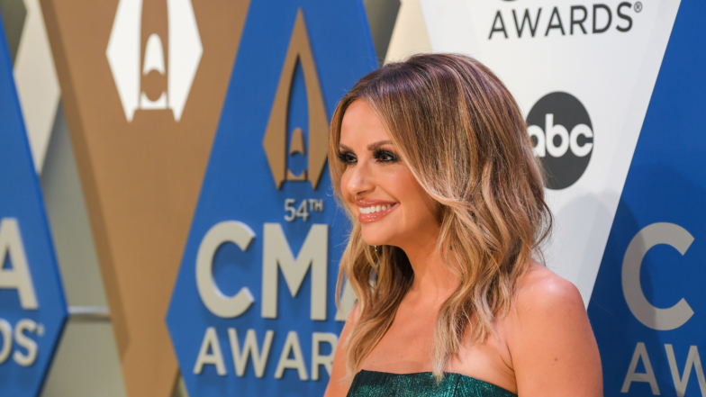 2020 CMA Awards: The red carpet arrives