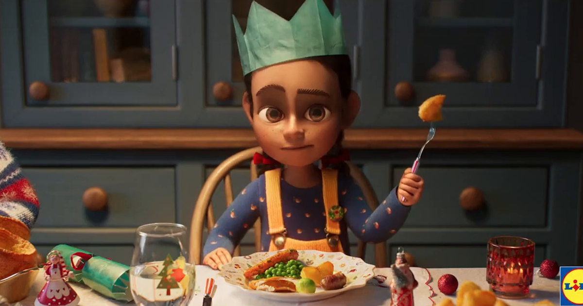"""Viewers see an underhand """"brutal"""" criticism of Aldi in Lidl's Christmas commercial"""