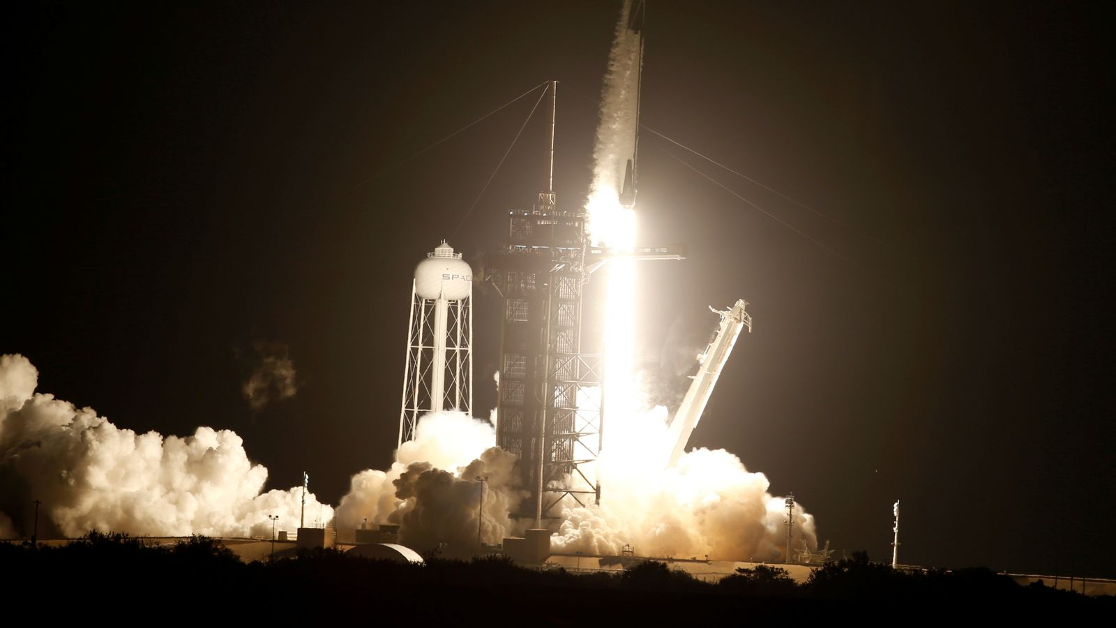 SpaceX launches four astronauts to the International Space Station |  Science and Technology News