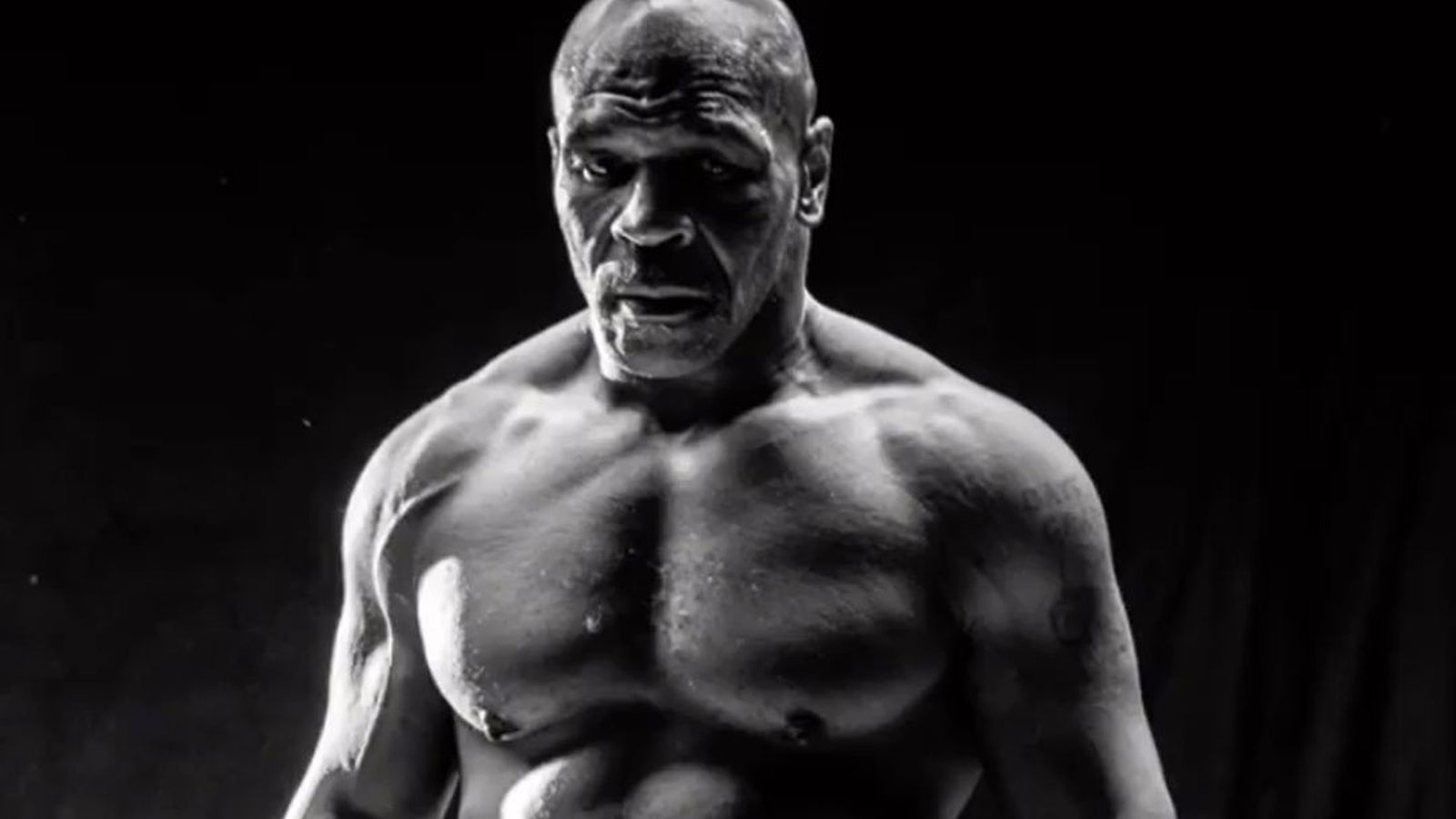 Mike Tyson is fully awake before the boxing match against Roy Jones Jr. (Picture)