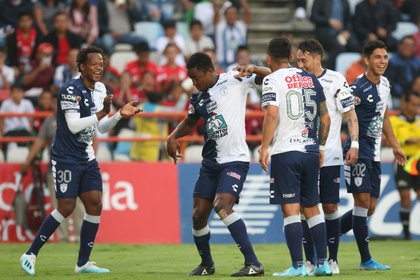 Pachuca thrashed 3-0 as a visitor for